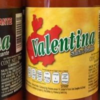 Una mujer intentó usar salsa picante como lubricante vaginal y todo salió muy mal