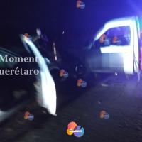 Borrachos provocan accidente en autopista 57, huyen del lugar.