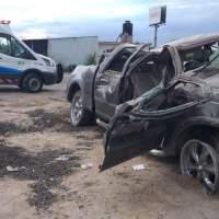 Aparatoso accidente vehicular en Paso de Mata San Juan del Río